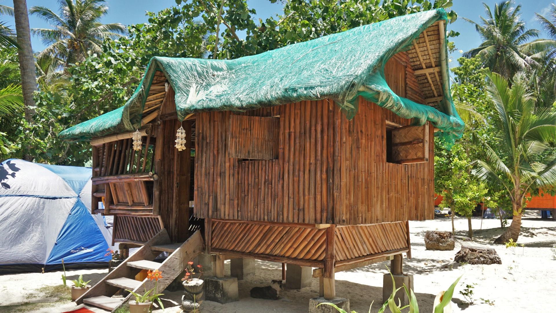 Nilandingan Cove: Cagbalete Island Beach Resort Quezon